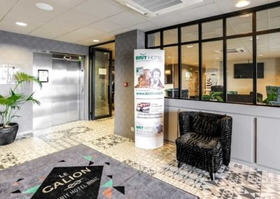 hotel-le-galion-reception-1